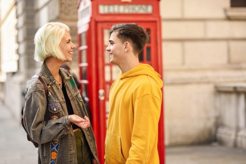 couple-next-to-telephone